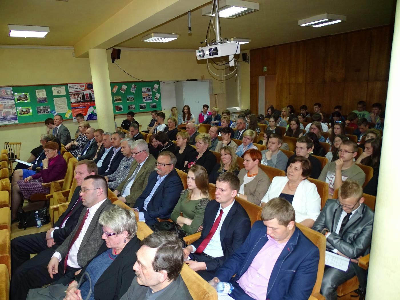 http://bemzawiercie.pl/wp-content/uploads/2017/04/konferencja-4.jpg